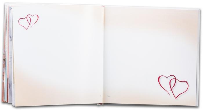 3. Svadobná kniha prianí - ukážka z knihy - voľné strany, určené na odkazy, sú s jemným farebným ladením a malými ilustráciami symbolov svadby